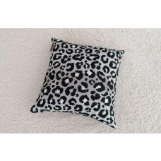 Decorative pillow Panthera