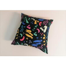 Decorative pillow Crayon