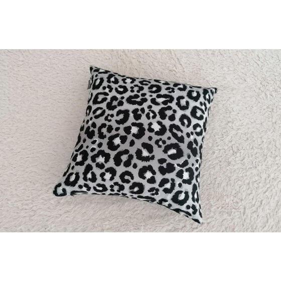 Decorative pillow Panthera